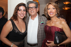 1 PHOTOSHOP BLK DRESS - CROP PIC TIGHTER - Editor Rebeca Herrero, Cris Rodriguez, Daisy Olivera