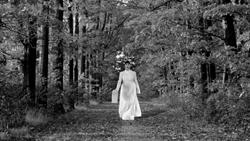 Traveling Lady 2 (c) Jessica Mitrani-web