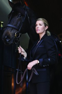 Edwina_Tops-Alexander_and_Guccio_looking_ahead._She_is_wearing_a_Grande_Reverso_Lady_Ultra_Thin._Credit_J._Sauty.jpg_cmyk